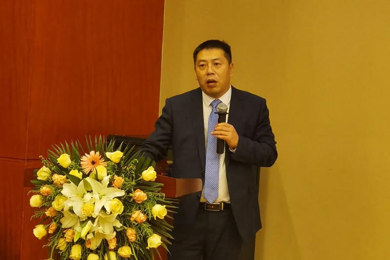 爱司凯科技股份有限公司销售总监吴小飞登台发言