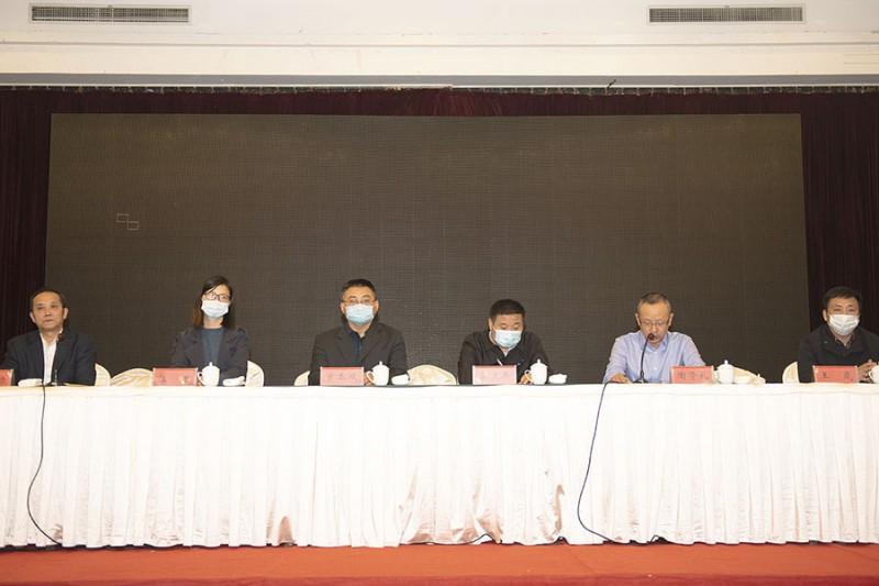 陶贤礼做第三届理事会工作报告和财务报告